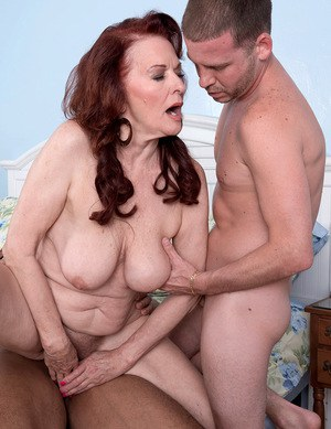 Old Pussy Threesome