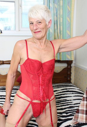 old skinny pussy - oldpussyporn