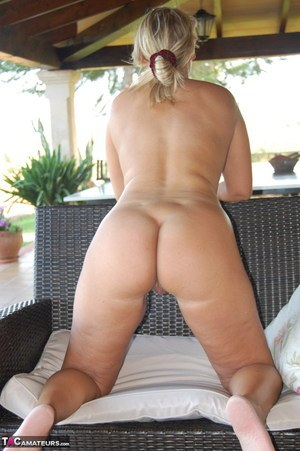 Old Blonde Pussy