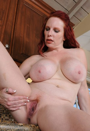 Old Housewife Pussy