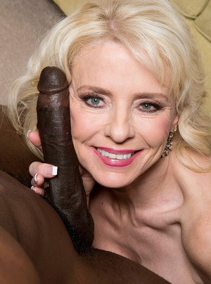 Old Pussy Black Cock